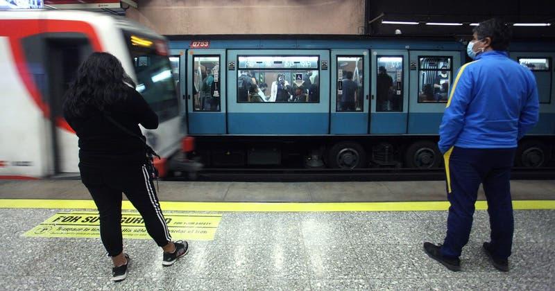 Trabajadores de Metro de Santiago anuncian paro para este miércoles
