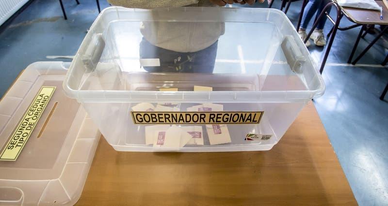 Votantes preferentes y más dinero a vocales: gobierno detalla cómo serán las elecciones en 2 días
