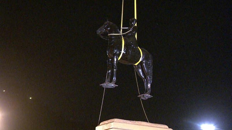 Seis meses tardaría restauración de monumento a Baquedano