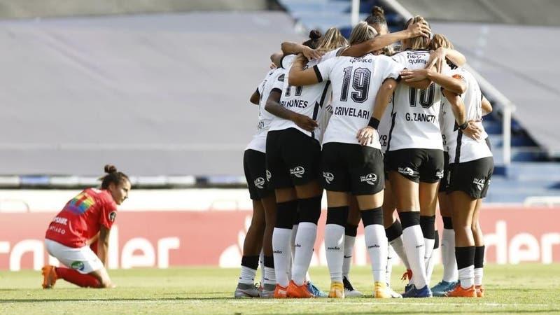 Santiago Morning se despide de la Libertadores tras goleada ante Corinthians