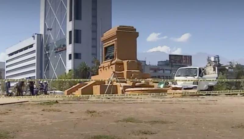 [VIDEO] Instalan cierre perimetral en Plaza Baquedano