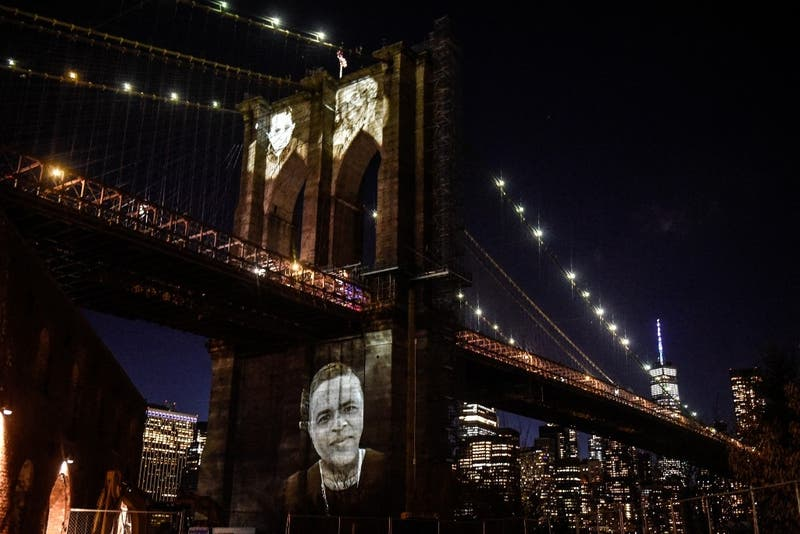 [FOTOS] Nueva York rinde un emotivo homenaje a sus más de 30.000 muertos por Covid-19
