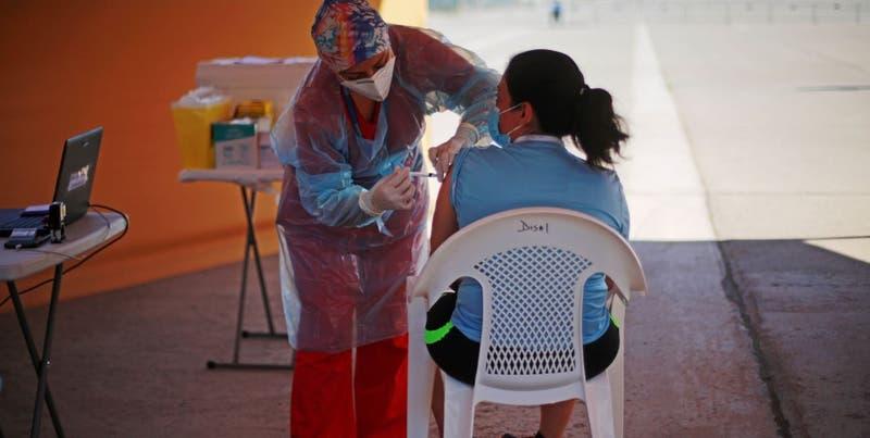 Proceso de vacunación podría ver resultados alentadores en abril