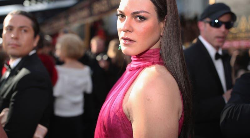 Daniela Vega inicia grabaciones de serie de Netflix Érase una vez