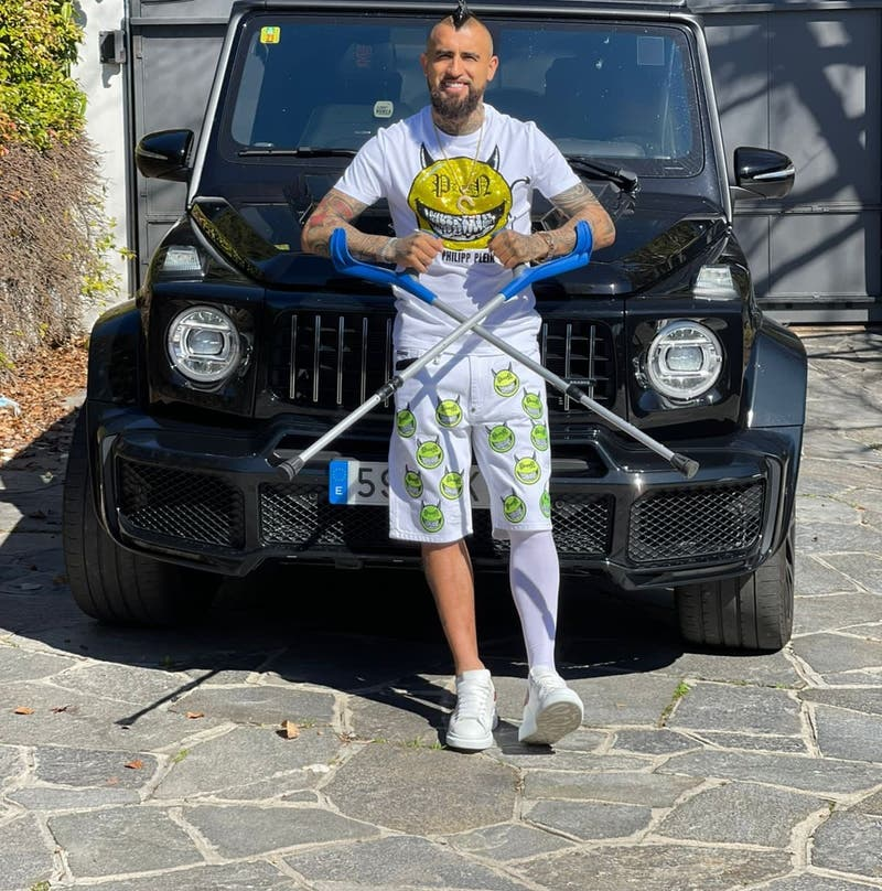 Arturo Vidal comienza la primera etapa de su recuperación tras ser operado de la rodilla