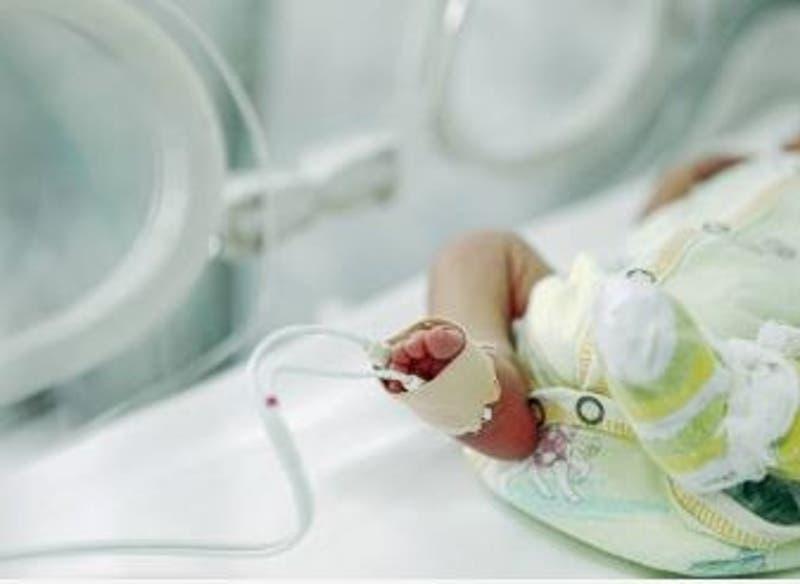 Bebé de 40 días en coma en Italia: Investigan si sus padres le dieron cocaína en la mamadera