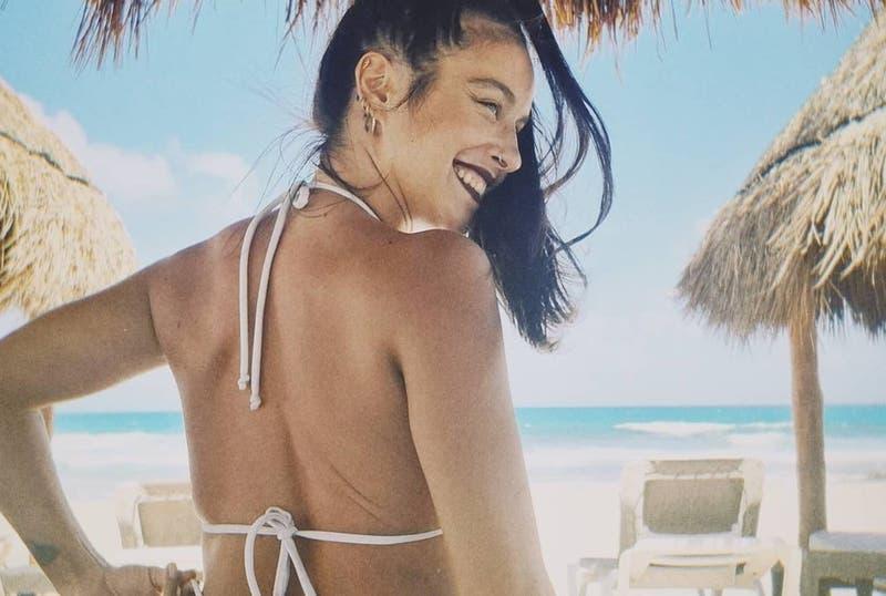 Denise Rosenthal se sumó a la tendencia de Cami: Impactó con infartante bikini en sus vacaciones