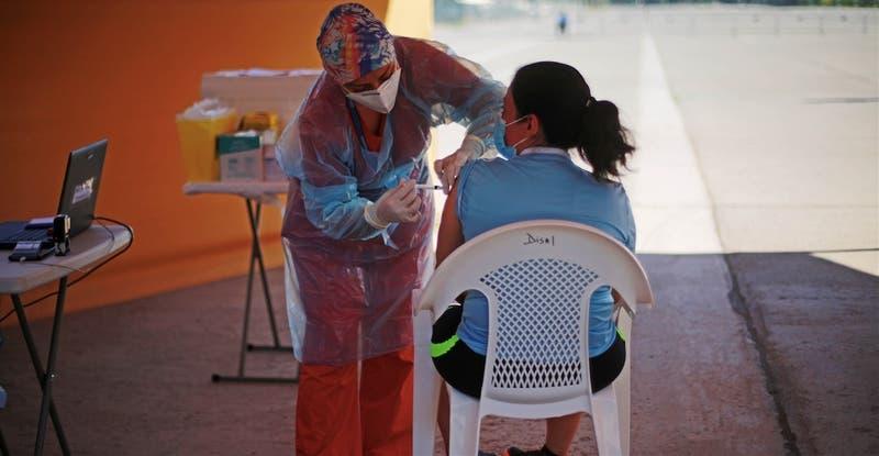 Coronavirus: Cuántos días le faltan a Chile (y a otros países) para lograr la inmunidad colectiva
