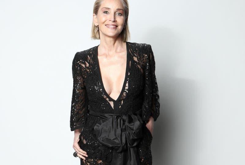 Sharon Stone fue engañada para quitarse ropa interior en película