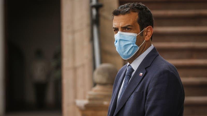 Ministro Rodrigo Delgado recibe el alta médica tras ser hospitalizado por COVID-19