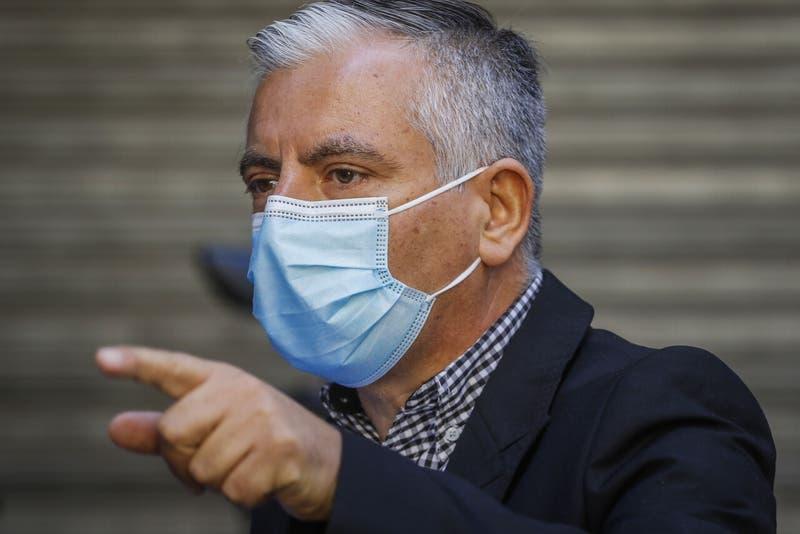 """Carlos Díaz emplaza al Gobierno: """"No están las condiciones para continuar con clases presenciales"""""""