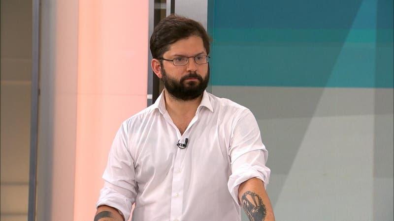 """Gabriel Boric por Mauricio Hernández Norambuena: """"No corresponde al estatus de preso político"""""""