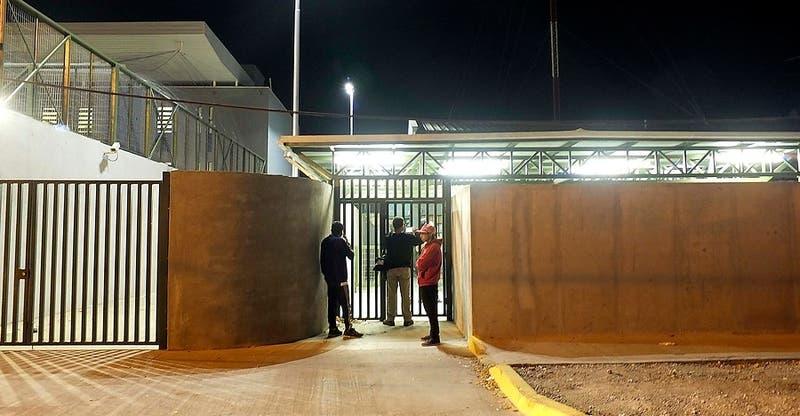 """Fuga en cárcel de Quillota: Gendarmería explica un """"descuido"""" de los funcionarios"""