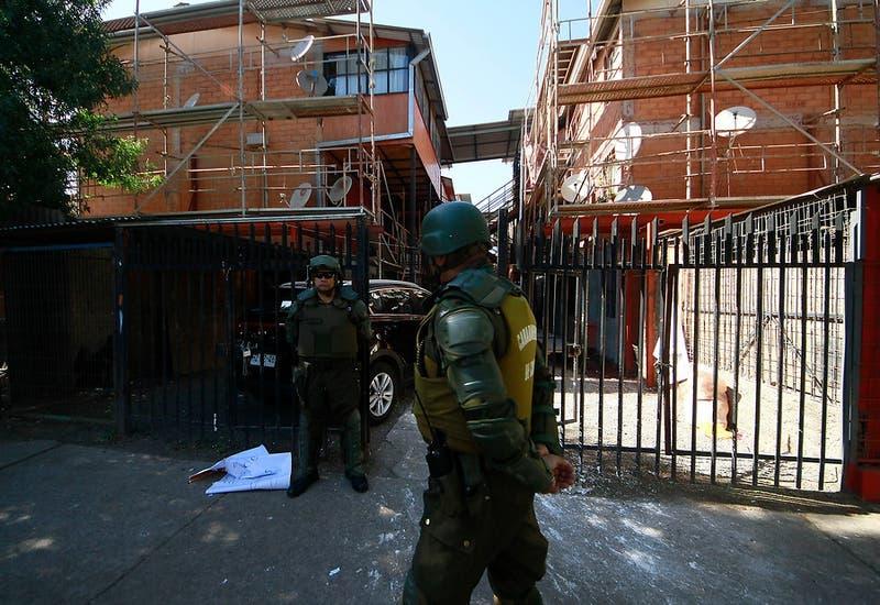 Nuevo video de uso de gas pimienta en Puente Alto: Carabineros acusa oposición a la detención