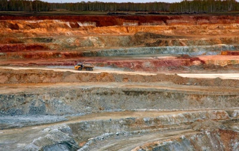 Comisión del Senado aprueba en general proyecto de royalty minero y pasa a la Sala