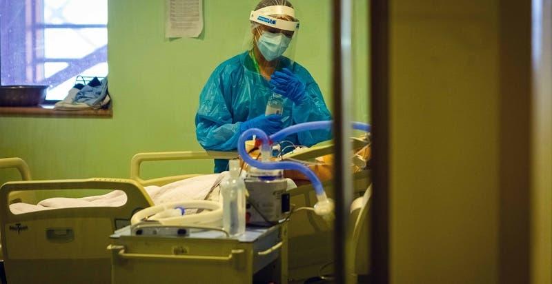 Segunda ola: casi el 50% de los fallecidos por COVID-19 no alcanzaron a ser hospitalizados