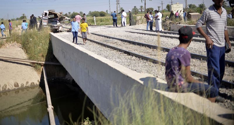 Egipto: accidente ferroviario deja 32 muertos y 66 heridos