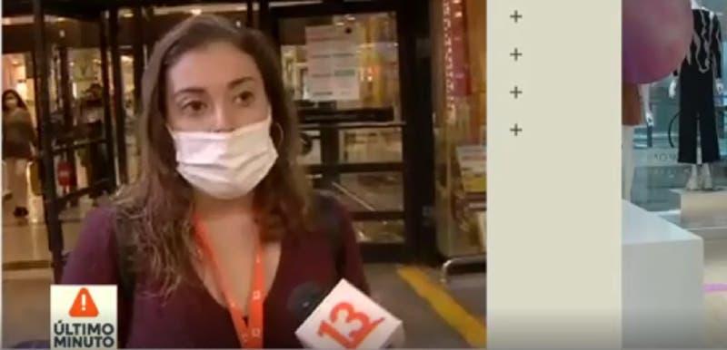 """Periodista de Teletrece que se encontraba en el mall: """"Se vieron bombas y humo en el pasillo"""""""