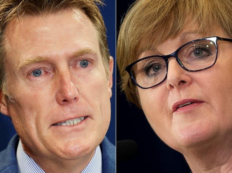Dos ministros australianos acusados de violaciones son destituidos