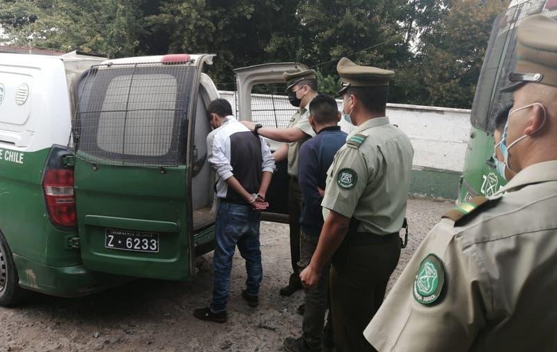 Detienen a 23 personas por fiesta clandestina en Angol: 14 de ellos eran militares