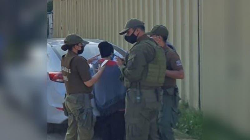 Carabineros detiene a 15 personas en un motel de Quilpué: Decretan prohibición de funcionamiento