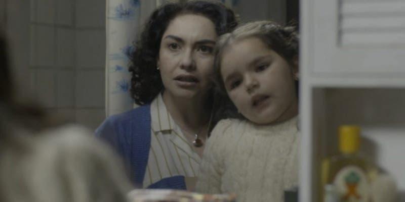 """'Anita' de """"Los 80"""" reapareció en tv con 11 años: se reencontró con Tamara Acosta en """"De tú a tú"""""""