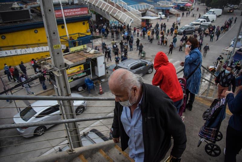 Chile anuncia nuevas restricciones: Señal en vivo