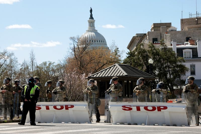 Embestida en el Capitolio: Muere conductor del vehículo y uno de los policías atropellados