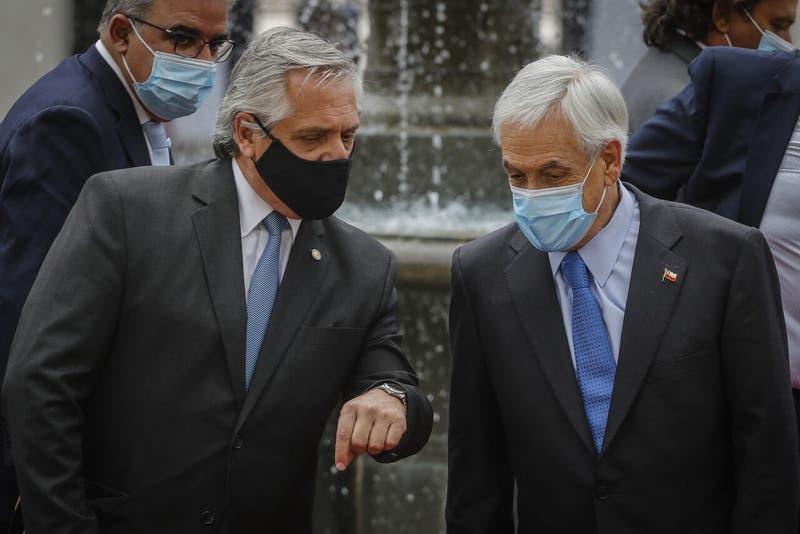 """Sebastián Piñera a Alberto Fernández: """"Le deseo una pronta y completa recuperación del COVID-19"""""""