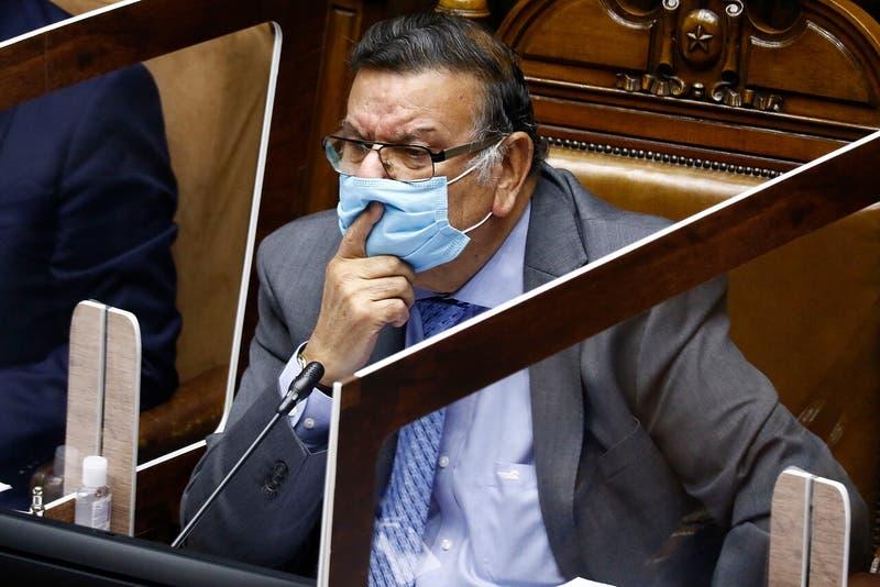 """Quinteros arremete contra el Gobierno y Briones: """"La tozudez nos han dejado en esta posición"""""""