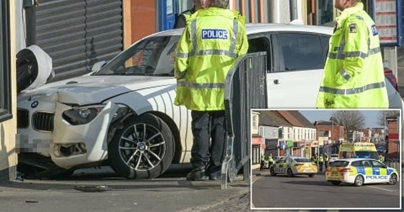 Guagua de dos semanas muere en Reino Unido luego de que un auto chocara su cochecito