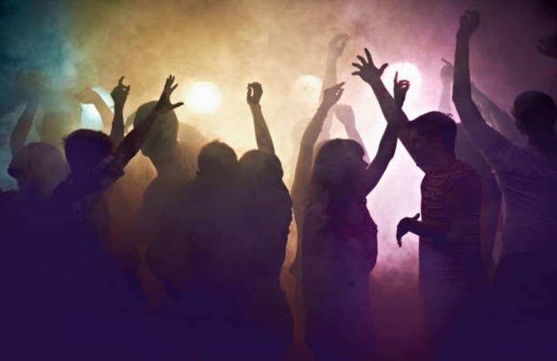 Condenan a organizador de fiesta clandestina a cumplir trabajo comunitario en hospital en Uruguay