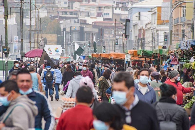 Chile registra más de 5 mil nuevos casos de COVID-19