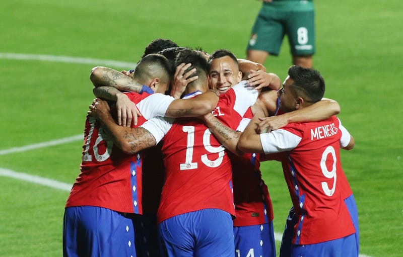 La Roja cae dos puestos en el ranking FIFA y queda cerca de dejar el Top 20