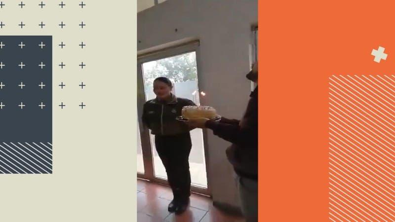 Polémica celebración de cumpleaños de carabineros en una comisaría