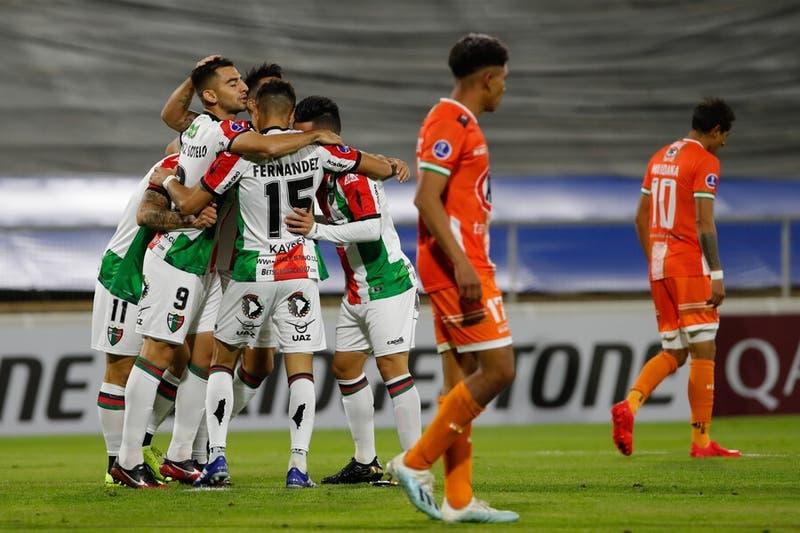 Palestino derrota a Cobresal y se mete en la fase de grupos de la Copa Sudamericana
