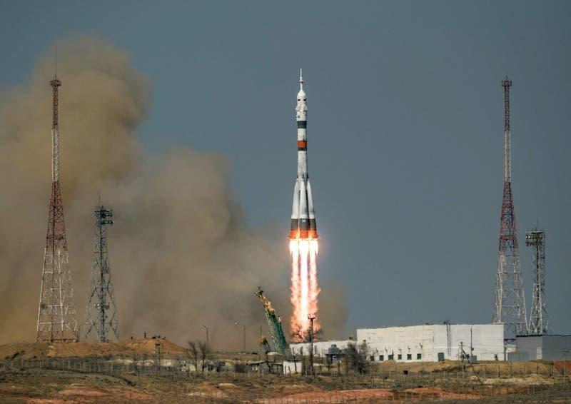 [VIDEO] Tripulación rusoestadounidense inicia viaje al espacio, 60 años después de Yuri Gagarin