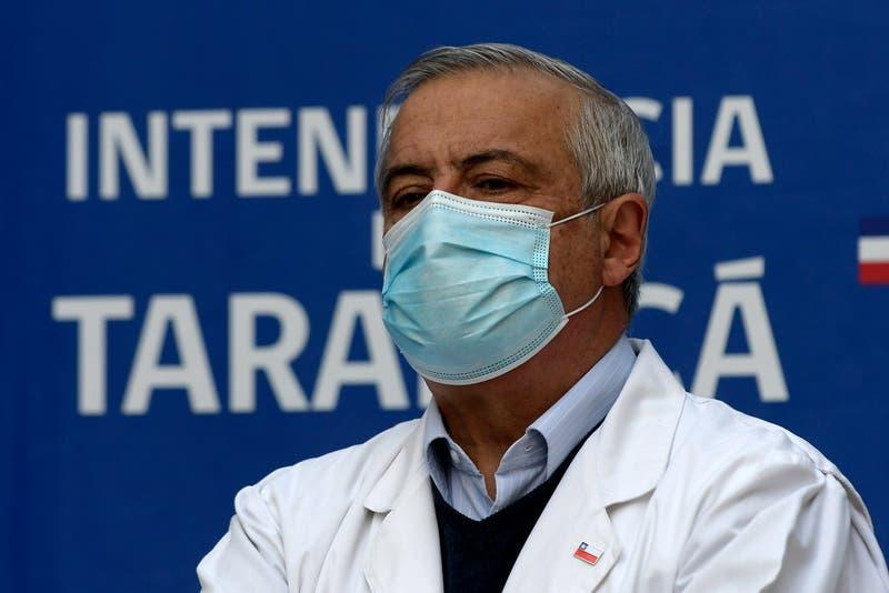 """Mañalich apunta que entre septiembre y octubre habría """"inmunidad de rebaño"""""""