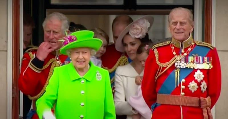 [VIDEO] Reino Unido brindó homenaje con cañones a Príncipe Felipe