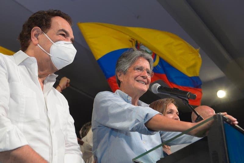 """Presidente electo de Ecuador: """"Asumiremos el desafío de cambiar los destinos de nuestra patria"""""""