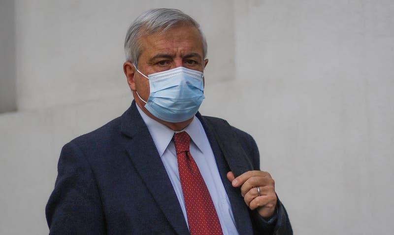 """Mañalich dice que Presidente Piñera """"se equivoca"""" al decir que habrá inmunidad de rebaño en junio"""