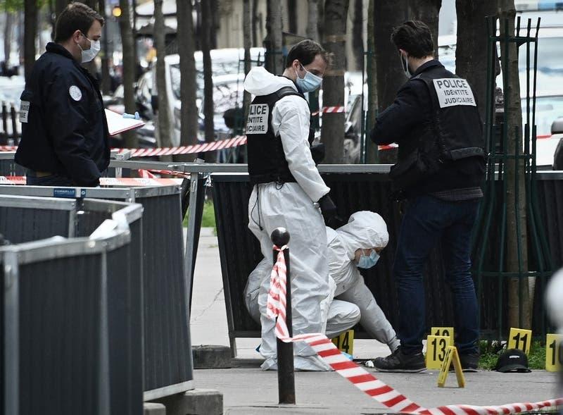 Un muerto y un herido por tiroteo afuera de hospital en París