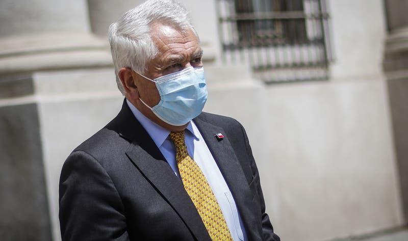 ¿Cuándo se logrará la inmunidad de rebaño? Paris evita dar fecha tras crítica de Mañalich a Piñera