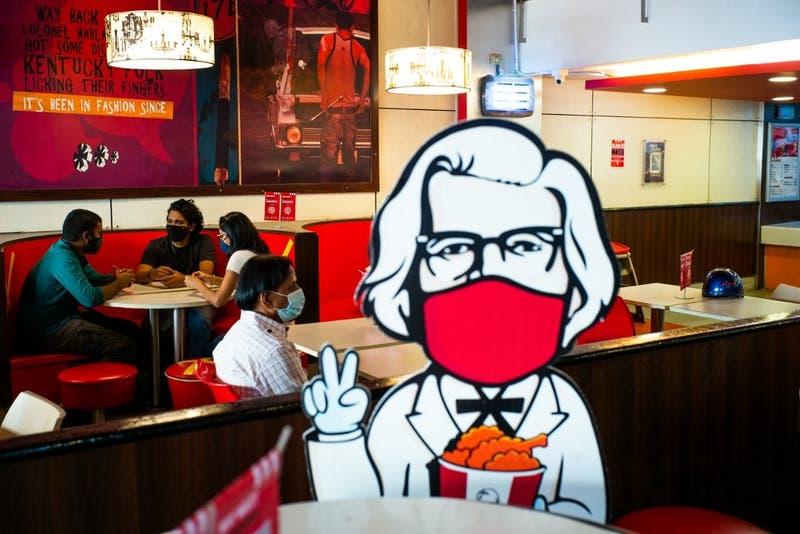 El inesperado mensaje de KFC a McDonald's en el Día Internacional de Beso