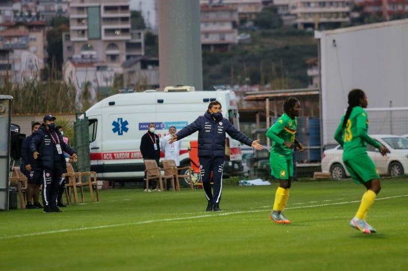 """José Letelier: """"Cuesta asimilar un poco todo lo que hemos vivido en el fútbol femenino"""""""