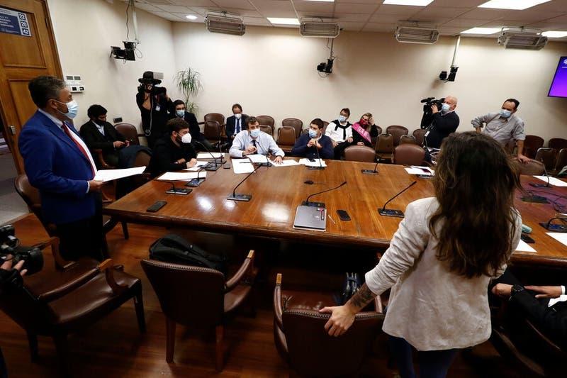 Comisión de Constitución discute es particular tercer retiro del 10% de los fondos AFP