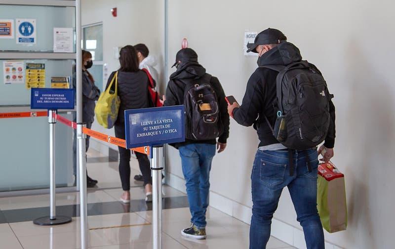 Chile detecta variante sudafricana en viajera llegada de EE.UU.