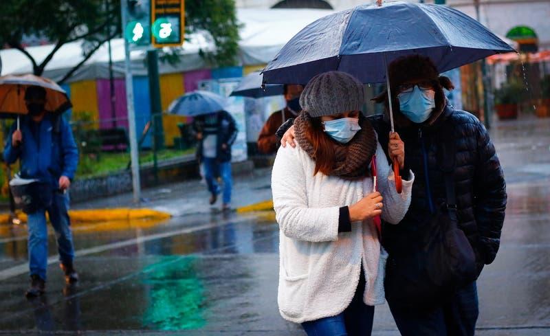 Vuelve la lluvia a la RM: pronostican precipitaciones para martes y miércoles de la próxima semana