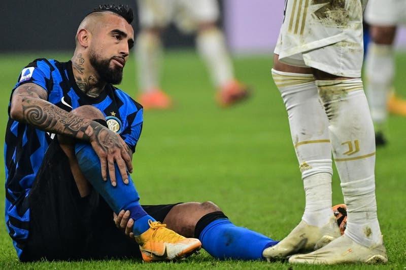 """¿Qué pasa con el """"King""""? Pinilla revela que Vidal """"tuvo un pequeño percance en su rehabilitación"""""""