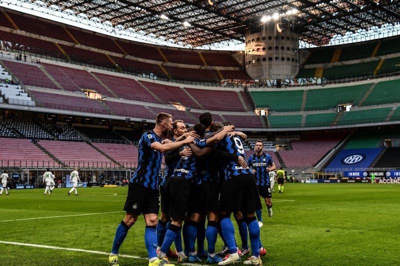 El público vuelve a los estadios italianos a partir del próximo 1 de mayo